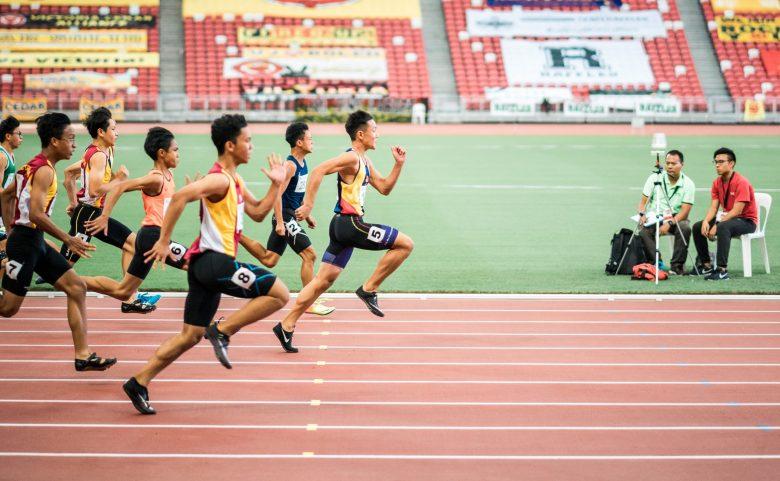 100メートル走の様子